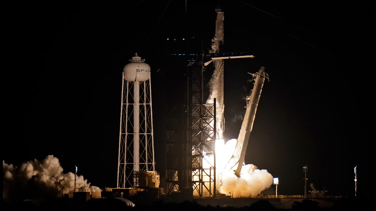 Live updates: SpaceX's first-ever all-civilian Inspiration4 crew makes their way to suit up